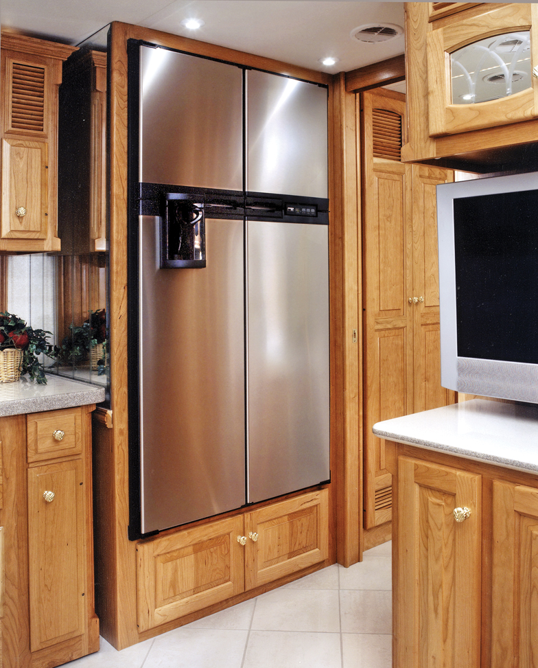 Most Reliable Refrigerator >> 1210 Ultraline | Products | Thetford