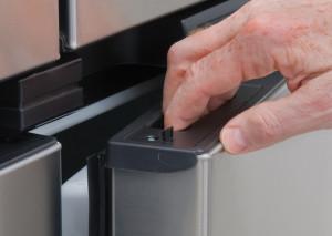 PolarMax 2118 Refrigerator   Latch